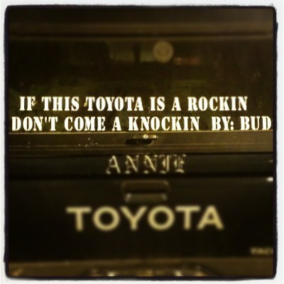 bud is quite the poet. #pdx #portland #onlyinportland #onlyinpdx #parkinglotpoetry #instagood (at Fred Meyer)