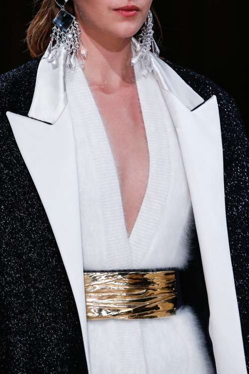 yourmothershouldknow:  Balmain Autumn/Winter 2013 Paris Fashion Week