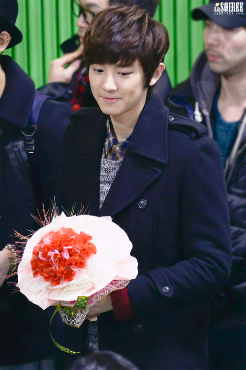 dailyexo:  Chanyeol - 130207 Sehun's graduation ceremony  Credit: La Soiree