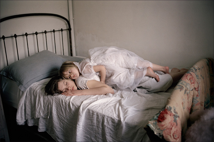 crowcrow:  Claudine Doury Sasha