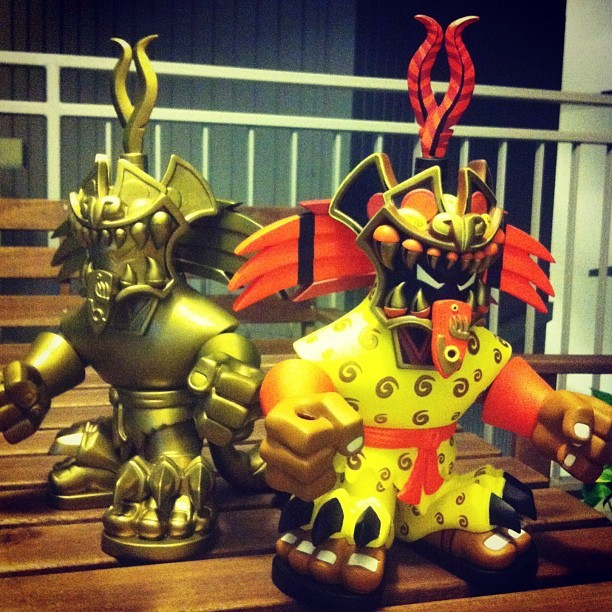 It's okay to have two favorite toys, right? #jaguarknight #designertoys #photooftheday #pobbertoys #urbanaztec