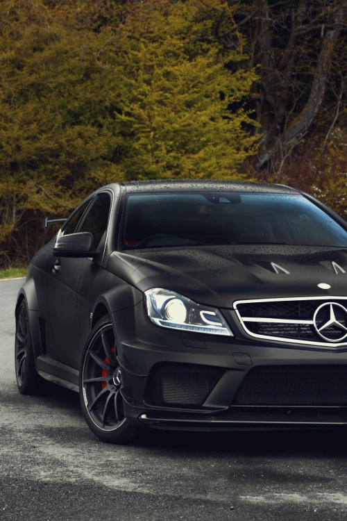 vistale:  C63 AMG Black Series | via