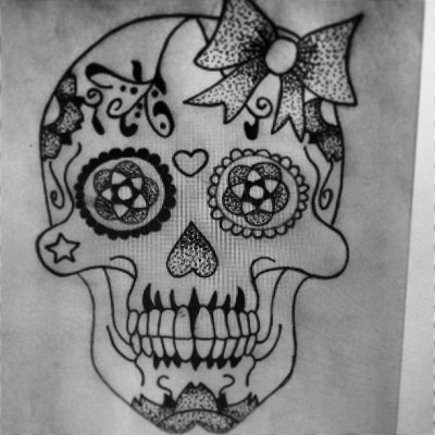 Having this on my foot Wednesday! Eeeek! #sugarskull #sugarskulltattoo #outline #stencil #tattoo #tats #ink #dotwork #skull #girly #instadaily #picoftheday #iphoneonly #uk #iphonesia #instago #teamfollowback #yorkshire #instamood
