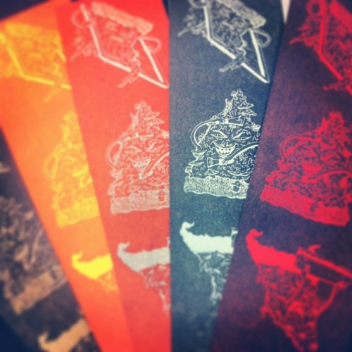 texanunicornmantis:  Demon pizza bookmarks/mini prints/rad items printed with polymer plate on a vandercook press.