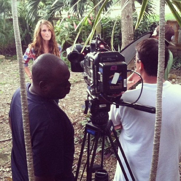 Quinn interviewing in the jungle at one of the homes for our @hgtv #househuntersinternational show. Which one did we choose? Find out tonight! ❤ #lootb (at San Juan del Sur, Nicaragua)