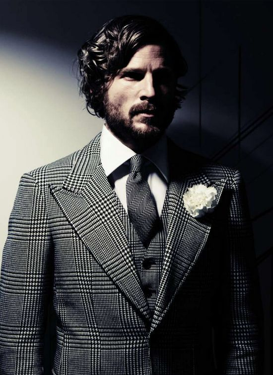 iqfashion:  Suit: Tom Ford