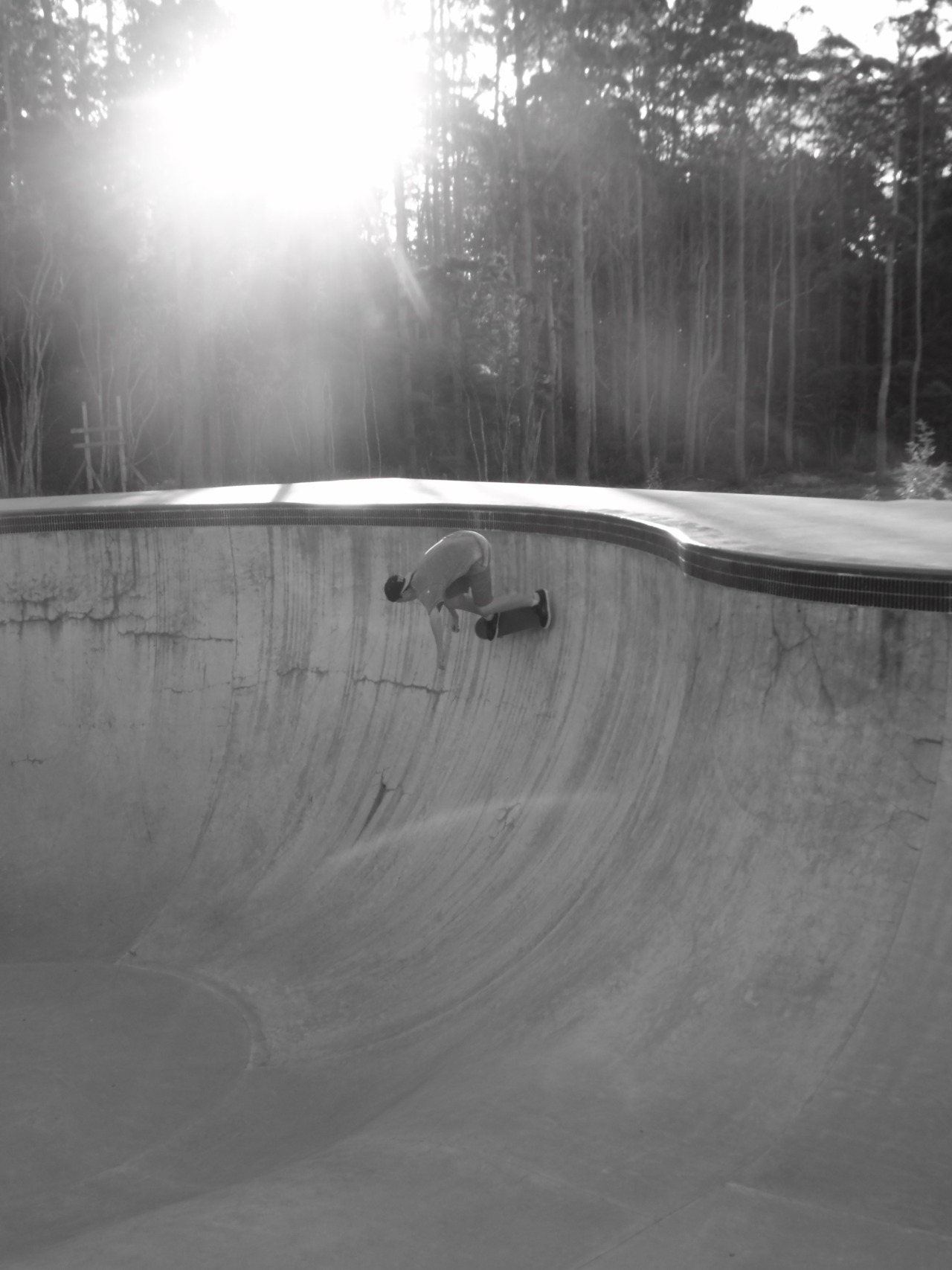 camo-crusade-photography:  Ben skating New Zealands deepest bowl at mangawhai Photo by Fazz http://camo-crusade.tumblr.com/ FOLLOW US FOR MORE