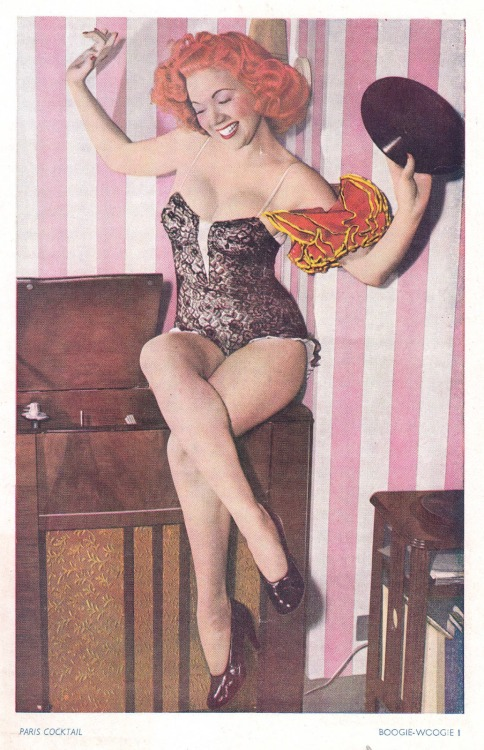 (via Au carrefour étrange: La pin-up au vinyl)