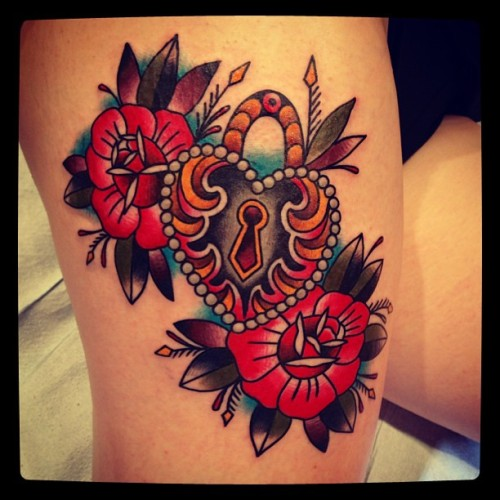 illustratedgentleman:  Thigh locket #matthouston #gastowntattoo #traditional #tattoo #tattoos #locket #roses