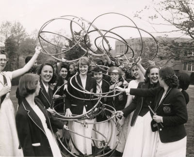 vintagesevensisters:  Hoop Rolling at Bryn Mawr. Undated photograph.  (Bryn Mawr College Photo Archives)