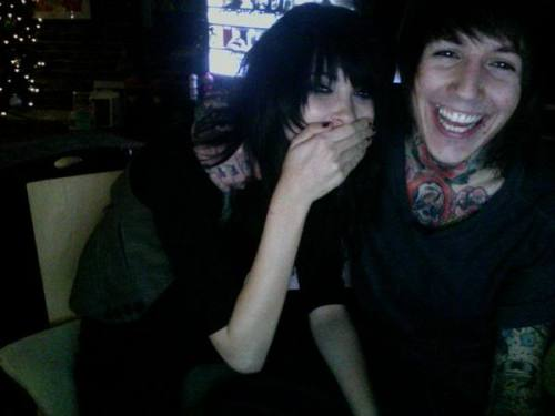 take-my-virginity-oliver-sykes:  0f-mice-and-katie:  madfawn:  mugglesndaleks:  he should smile like this every day it suits him  omfg  This is too cute  ;~;