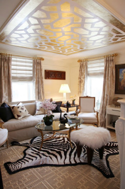 True Identity Concepts: A great mix of pattern in a very neutral space. Photo Source:  Habitually Chic