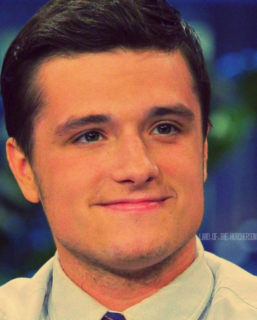 itscauseyoumakemesmile:   Close-ups of Josh Hutcherson (a picture a day until Catching Fire) Day 222/408  Vickie hit post limit earlier and was unable to post her edit so I'm being a good friend and helping her not miss a day :) This edit will be back on her blog tomorrow!