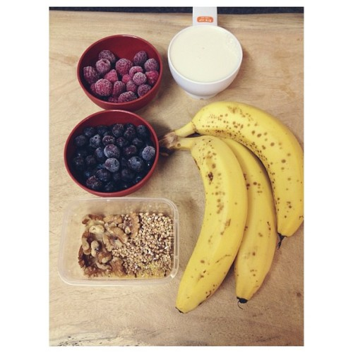 cleanbodyfreshstart:  Breakfast in the making {frozen berries, four bananas, buckwheat, millet, linseed, walnuts, sesame seeds, soy milk} #vegan #breakfast