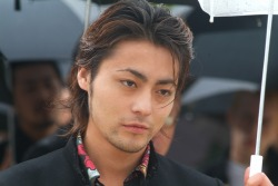 kpopfacialhair:  Ah, look Takayuki Yamada holding an umbrella~ Ideal for the April showers hehe.