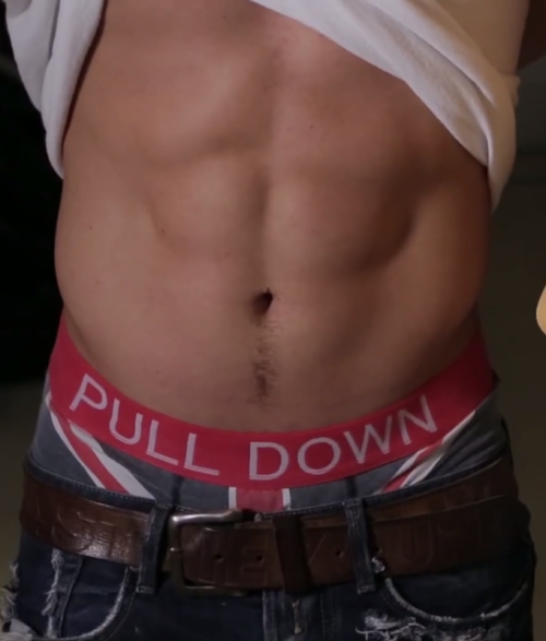 celebsaggers:  Sam Callahan Sagging Some Suggestive Boxers More Pictures: http://celebsaggers.blogspot.co.uk/2013/12/sam-callahan-sagging-some-suggestive.html