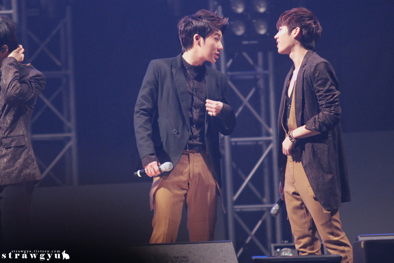 jaemindot:  Sunggyu@130301무한대집회 Take it out with full credit Cr:http://strawgyu.tistory.com/