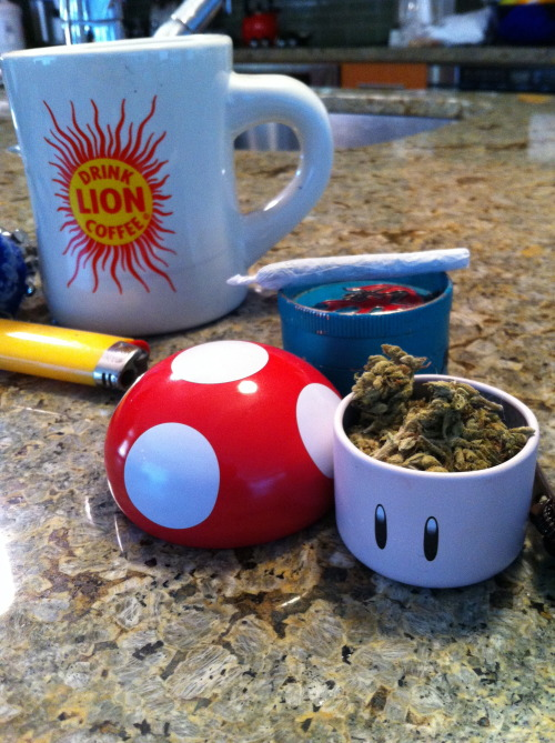 glassyeyedliving:  breakfast