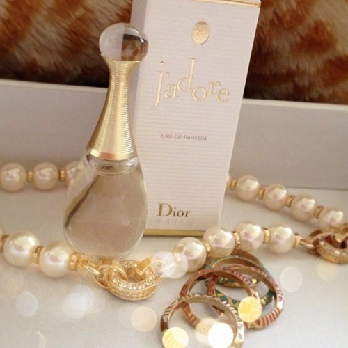 J'adore #eaudeparfum #May #favorite #classy #pearls #jewelry #rings #Dior #miniperfume #favoriteofthemonth #photooftheday #tribal #rings #perfume #lovely #pretty