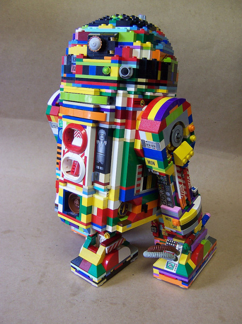 etsy:  LEGO rainbow R2-D2 made by monsterbrick, via nerdapproved.