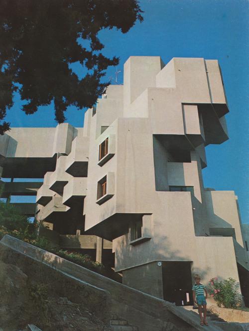 fuckyeahbrutalism:  Apartment Building, Ramat Gan, Israel, 1960-65 (Alfred Neumann, Zvi Hecker and Eldar Sharon)