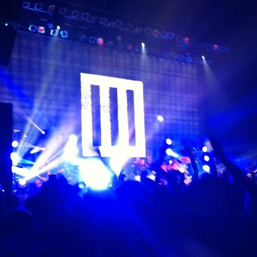 Friday night will forever be imprinted in my mind. #paramore #detroit #hayleywilliams #jeremydavis #tayloryork