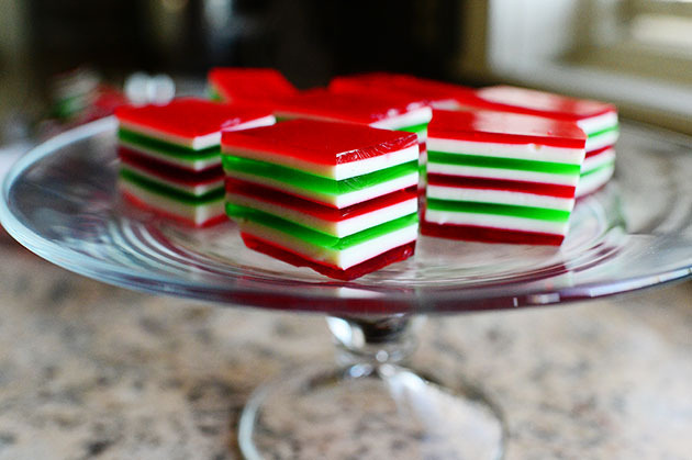 kitchenelves:  Christmas Finger Jello