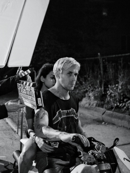 Ryan Gosling and Eva Mendes on the set of The Place Beyond the Pines, 2013.   ohh gosling