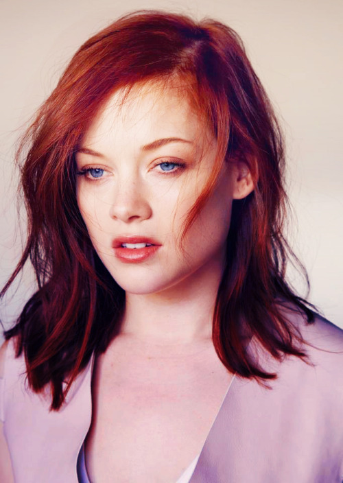 sparklyhope:    Jane Levy by Thomas Giddings for TWELV magazine (2013)
