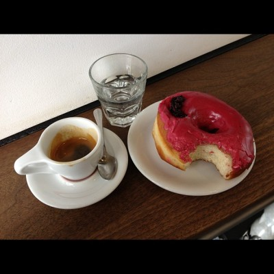 Ummm…No #Brooklyn HQ. THIS is the way you do it. Doppio & a Hibiscus MFing Donut. Look forward to meeting Nick the @GasolineAlleyCoffee owner who's racing @Rapha_N_America's NE #RGR for ARC(?). #NoGreenShit ;) #espressodoping #BikeNYC #Grimpeur #espresso #SupportYourLocalCoffeeSop #rideyourbike #drinkgreatcoffee #tycrgr13 #squaready  (at Gasoline Alley Coffee)