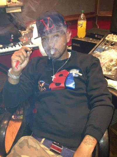 Juelz Santana Wearing Vampire Life VL Logo Snapback, Slowbucks Sweater & Fendi Belt