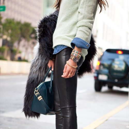 Love women wearing these: Faux Leather Leggings