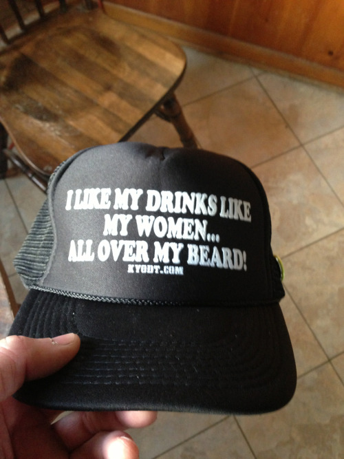 ohioisforfunhavers:  My new favorite hat