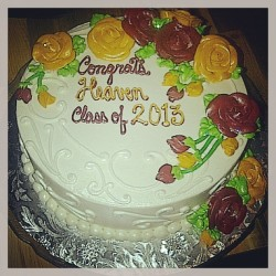Thank you @jessicaastar for the graduation cake