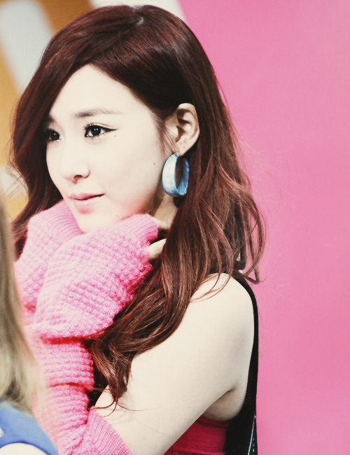 onsicas:  84/100 pictures of tiffany