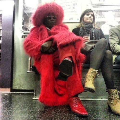 thatfunnyblog:  The pimps in NYC are fly. Funny Stuff you like?