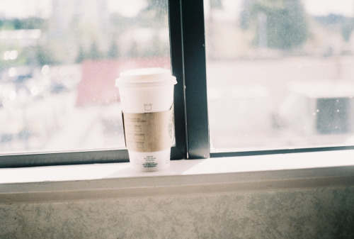 collapsio:  Starbucks (by Kid_Curry)