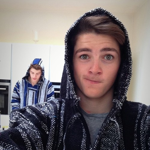 finnharries:  We've turned into hippies this morning! @jacksgap