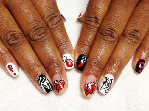 nailsyall:  Spy vs Spy nails