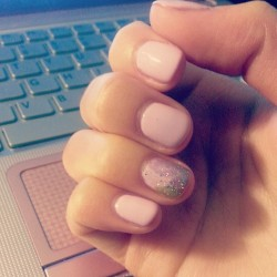 I match with my laptop now! #nails #pink #pastel #matching #beauty #design #manicure