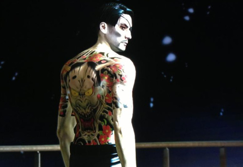 majimagoro:  New picture of Majima (RgG 5). A bunch of new screenshots should follow soon. Sega doesn't seem to mind the video walkthroughs anymore, since they haven't been removed from nico for a while now (can't say anything about youtube, though). Don't click the source for this pic unless you don't mind spoilers. The uncropped, original version contains a major one.  Must.. not.. click.. major spoilers….