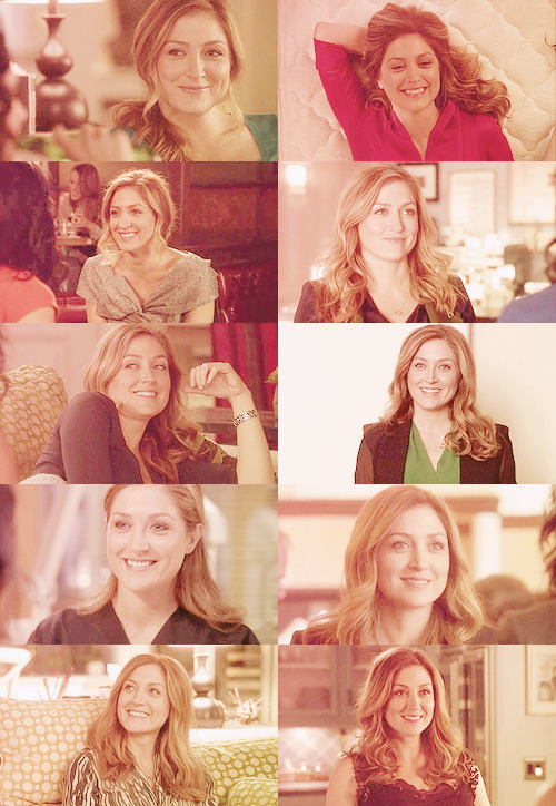 "» 10 caps of ""Rizzoli and Isles"" - Maura+ smile"