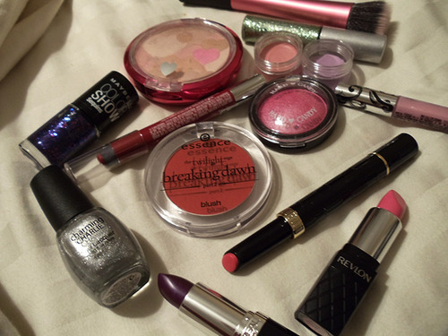 my makeup selection this past week has been pretty Tween-Dream-y