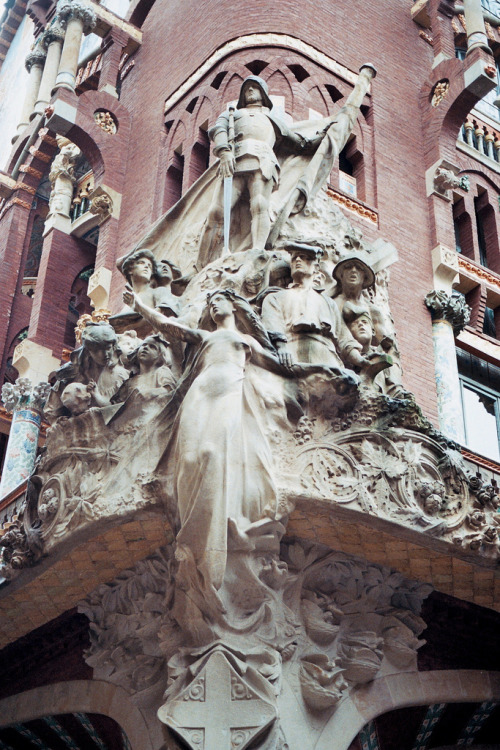 italdred:  madrid. (by kate_did)