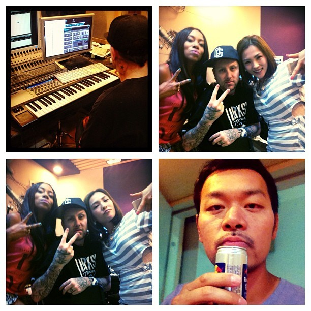 Beijing night in the studio. So fun!!! Mr. and Mrs. Hongjiu and friends. Xoxo.A.💋 🍷🇨🇳🎶👍