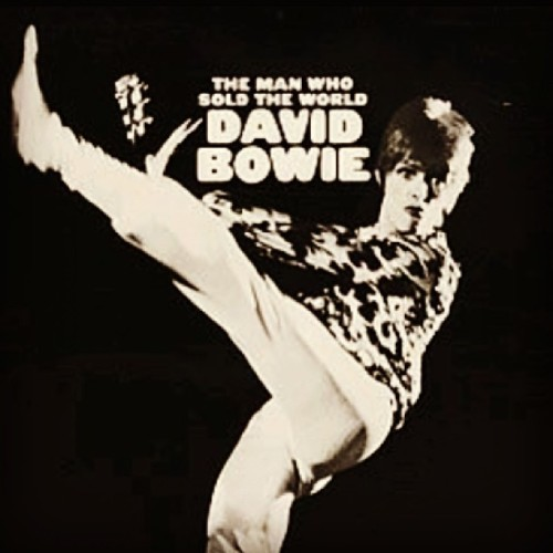 LOVE this track!! David Bowie - The Man Who Sold the World #music #single
