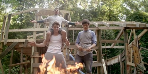 'Kings of Summer' Red Band Trailer is a Goddamned Rite of Passage Scott Beggs, filmschoolrejects.com I knew I recognized Kings of Summer director Jordan Vogt-Roberts' name, and it took me a second, but then I realized that he's the mind behind the incredibly funny short film Successful Alcoholics – a realization that instantl…  Yes. Looks like a gem.