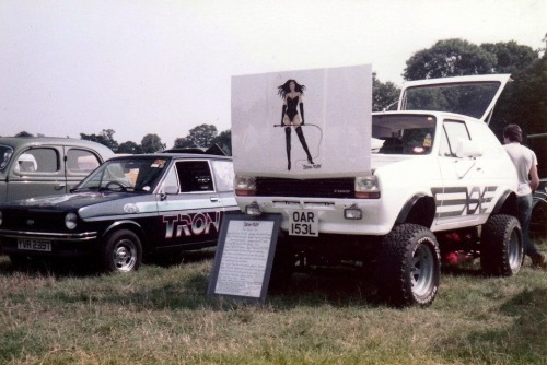 digger61uk:  My Hi-rider Fiesta and Phils Tron fiesta, a good few years ago!