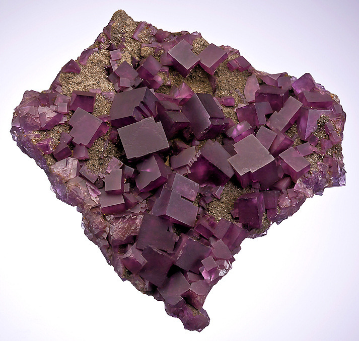 mineralia:  Fluorite from Illinois by Exceptional Minerals