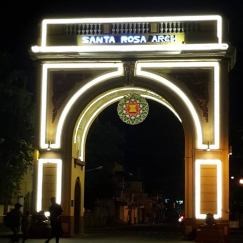 Arc de Triomphe (Sta. Rosa Laguna style)😉  #starosalaguna #arc #arcdetriomphe #arcdetriomphe#starosalaguna#arc